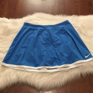NWT Nike Pleated Tennis Skirt Blue Small